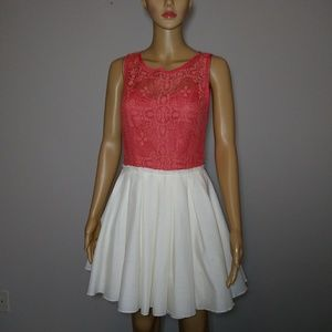 Jun & Ivy Dress Size M